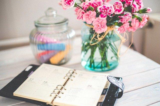 kalendář, květina