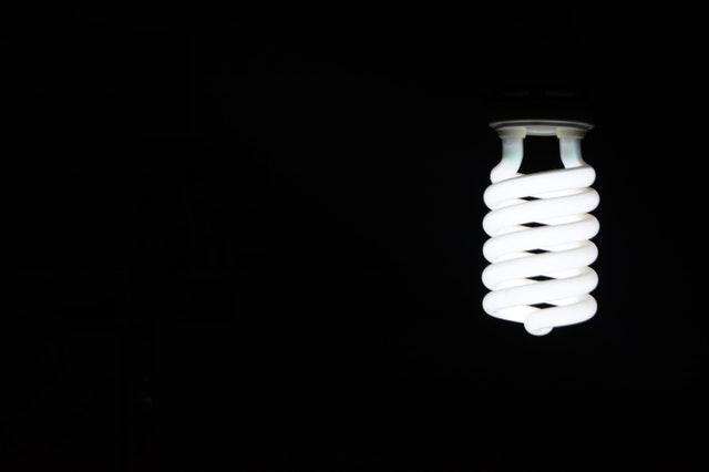bílá LED zářivka